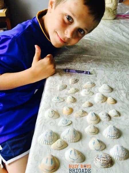 Crayon on seashells is a fun way to decorate and having learning fun.