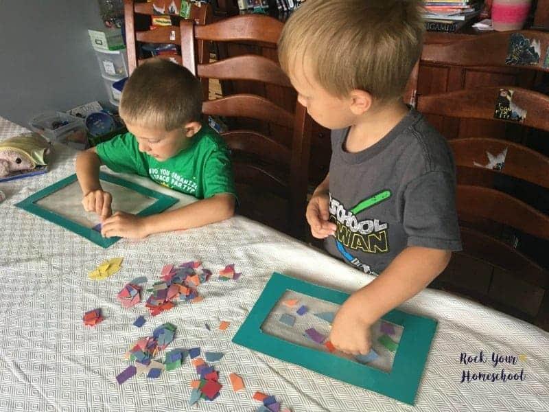 Get great tips & ideas on 11 quiet homeschool activities that little ones will love.