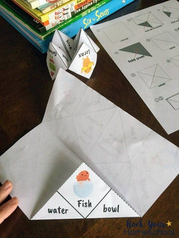 Have a blast with your kids with these Dr. Seuss-Inspired cootie catchers.