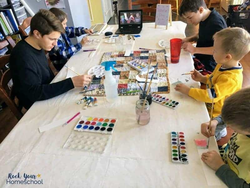 You can enjoy homeschool art classes with your kids with this affordable & fun resource.