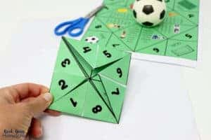 Your kids will love this free printable soccer-themed cootie catcher.