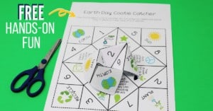 Your kids will love this free Earth Day cootie catcher.