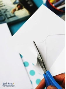 Your kids will love making DIY envelope bookmarks for special gifts & to boost reading fun.